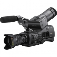 SONY NEX-EA50M with SELP18105G zoom lens