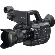 SONY PXW-FS5K - Super 35mm 4K camera with 18-105 mm lens