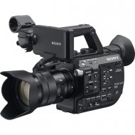 SONY PXW-FS5K - Super 35mm 4K camera avec 18-105 mm lentile