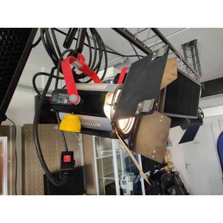 EX DEMO - PHOTON BEARD - PHOTON SPOT 650T WITH BARNDOORS